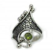 "HPSilver: Peridot w/ Sterling Silver ""Crown"" Ring (elf-rg-013)"