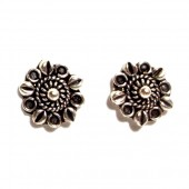 HPSilver: Silver Stud Earrings (emm-er-008)