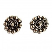 HPSilver: Silver Stud Earrings (emm-er-015)