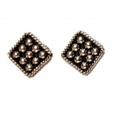 HPSilver: Silver Stud Earrings (emm-er-023)
